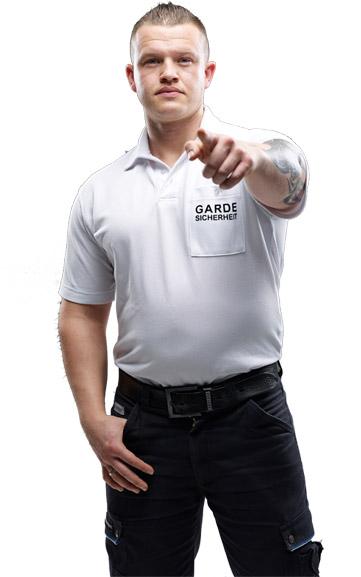 Mitarbeiter GARDE Sicherheit in Firmenbekleidung